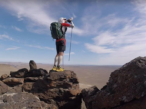 Video: Attempting an 800-Mile Run in the Oregon Desert
