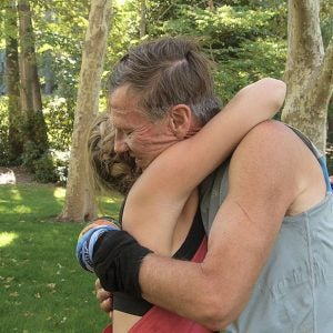 Watch: Father and Daughter Run the Pine to Palm 100 Miler