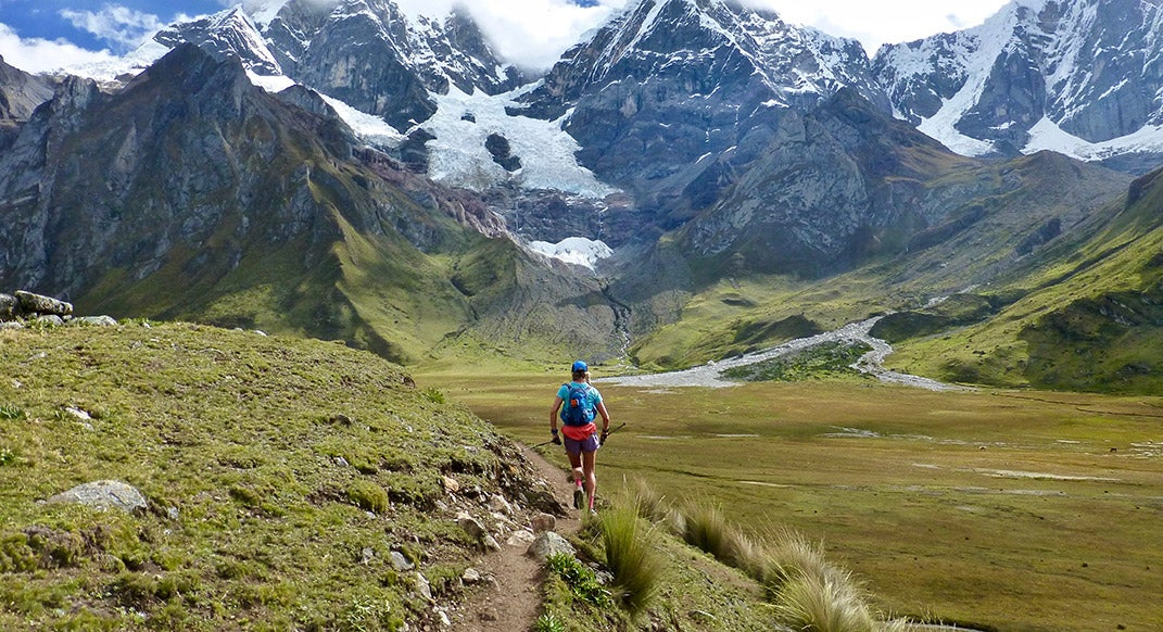 Darcy Piceu Sets Supported FKT on Peru's Cordillera Huayhuash Circuit
