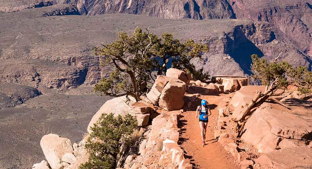 Alicia Vargo Set Grand Canyon R2R Record Four Months Postpartum